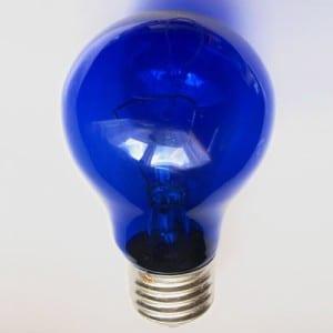 Как лечить кашель синей лампой?