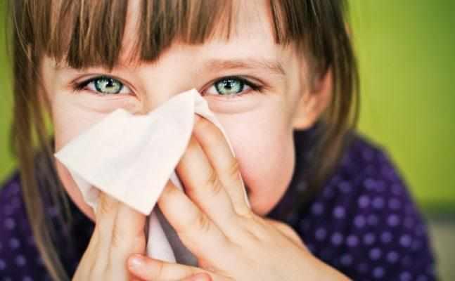 помазать простуду в носу