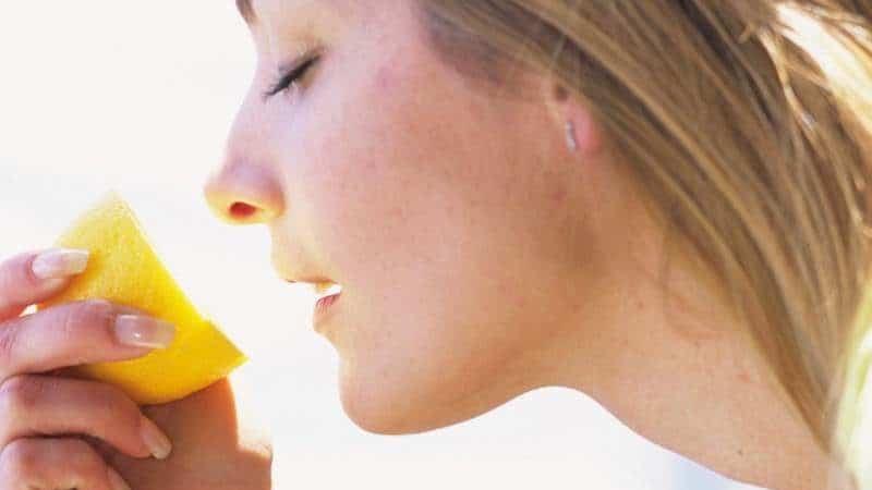 нос дышит но не чувствует запахов