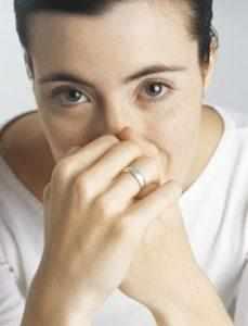 запах аммиака в носу причины