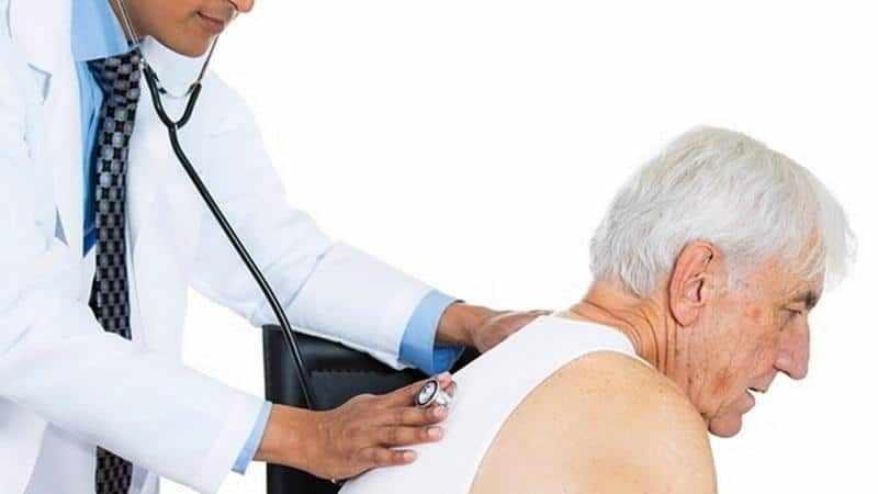 причины боли в грудине при кашле