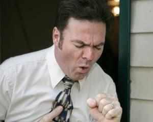 Почему появляется кашель после еды?