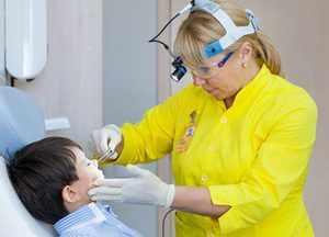 Перед использованием Мирамистина необходима консультация врача